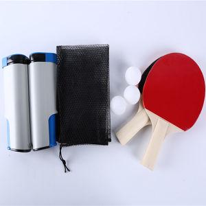 Juego de tenis de mesa portátil con dos raquetas y las tres bolas