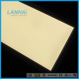 極めて薄い600*1200 55Wによって引込められる天井の正方形LEDの照明灯