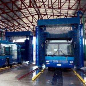 大型トラックのカーウォッシュ装置のための自動バストラックの洗浄機械