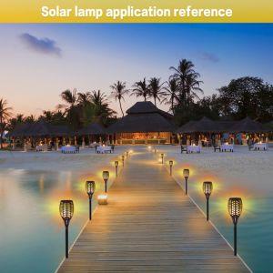 Jardín de LED de ahorro de energía de la calle campo de paneles solares llama luz de Encendido