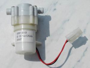 De Pomp van het water (px-2/DC12, px-10/DC12, qe-131)