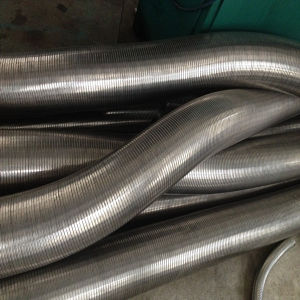 De roestvrij staal Met elkaar verbonden Slangen van het Metaal