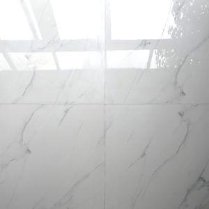 De Italiaanse Witte Volledige Opgepoetste Verglaasde Tegel van de Duim 24X24