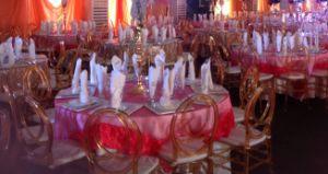수지 피닉스 결혼식 Chiavari 까만 의자