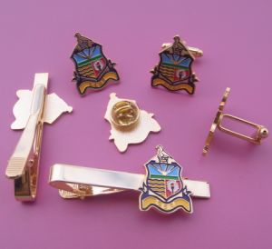 Custom Brand Design Tie Bar with Cufflinks Set, Car Tie Clip, Car Cuff Links and Badges Plating Gold Tie Bars