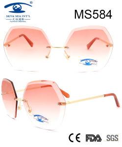 Nuevo diseño especial de las mujeres al por mayor gafas de sol de metal (MS584)