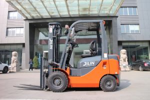 2 toneladas de Diesel automática de la carretilla con motor Isuzu