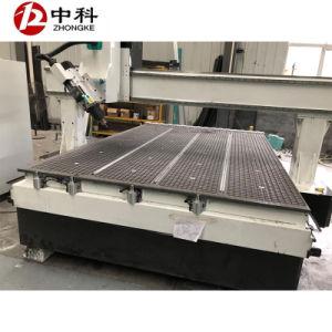 4つの軸線スピンドル移動自動ツールの変更の木工業CNCのルーター