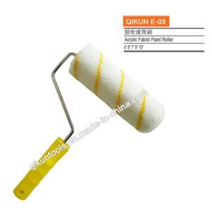 E-05 Decorar hardware Herramientas de mano de pintura blanca con tiras de tela acrílico amarillo el rodillo de pintura