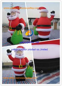 クリスマスの祭典のための膨大なサイズ膨脹可能なサンタ