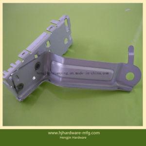 Soem-Metall, das Teile mit Zink-Überzug stempelt