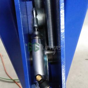 GGの揚げべらアラインメントのための油圧4つのポストの自動手段車の上昇4.5トンの
