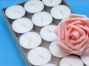 Großhandels8g weiße Tealight Kerzen mit langer brennender Zeit