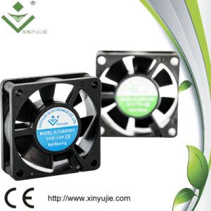 12V 0.18A 4500rpmのラジエーターの冷却ファンの産業空気冷却DCのファン