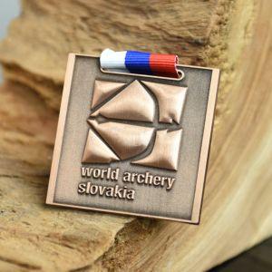 Desighedの新しいカスタム金またはスライバまたは青銅色連続したスポーツメダル