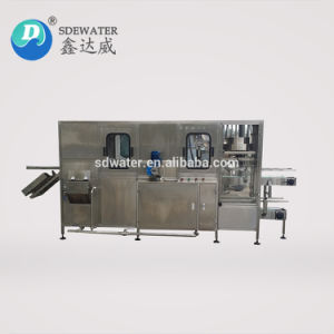 Neue automatische 5 Gallonen-Mineralwasser-Flaschen-Füllmaschine des Entwurfs-900bph voll