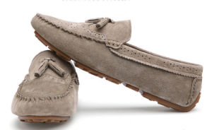 Plano superior gamuza de color diferentes hombres zapatos
