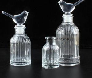 Klassische Glasreeddiffuser- (zerstäuber)flasche