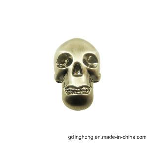 Forme du crâne en alliage de zinc ornement suspendu