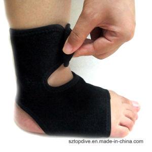 Rilievo registrabile personalizzato di sostegno della caviglia del neoprene elastico di colore