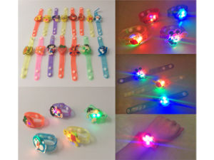 2018 insiemi Pinksheep di modo scherza il giocattolo degli anelli in giocattoli svegli degli anelli della casella per la bambina H09320121