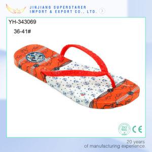 La mode à plat EVA Lady Flip Flops avec ensemble de la semelle de propreté de l'impression