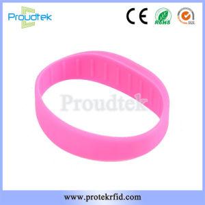 De Vlakke Armband van de Manchet van de Spaander van het Silicone RFID F08 Waterdichte Rubber voor de Club van de Fitness en het Park van Sporten