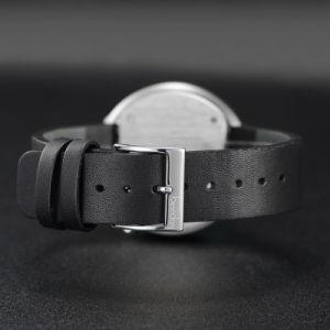 最小主義のメンズウォッチの本革の腕時計の日本水晶腕時計の腕時計