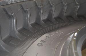 A indústria agrícola OTR Agr Pneu de borracha de pneus sólidos Molde CNC