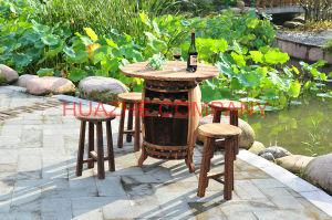Home Tabla de metal y una silla de madera para muebles de madera (Hz-MZ053)