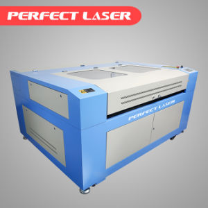 Macchina per incidere del laser dell'indumento della tessile per industria del panno con Ce