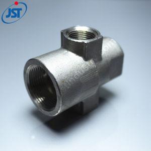 Moulage haute précision de la cire perdue// Moulage en acier de moulage Croix droite tuyau d'eau Pièces d'articulation