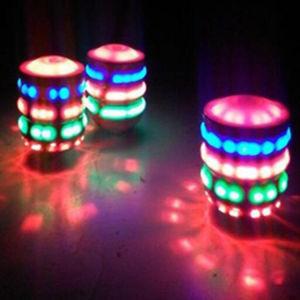 O Flash Light-Emitting Linha Vermelha Gyro Magic Música dons do giroscópio
