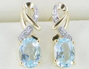 orecchino dell'oro giallo 10K con il diamante e la pietra preziosa
