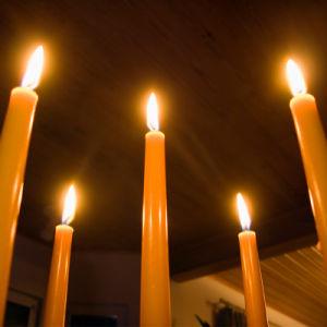 ギニーコナクリのための40gボックスによって詰められる純粋で白い蝋燭