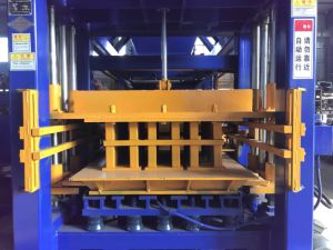 Ziegelstein-Ausschnitt-Maschine der hydraulischen Presse-Qt4-15 automatische