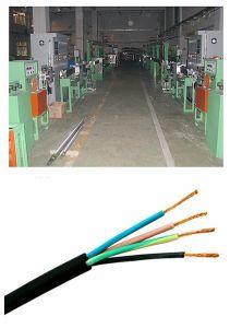 Автоматический электрический провод и кабель экструзии машины