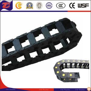 De techniek Ingesloten Plastic Ketting van de Carrier van de Kabel van de Belemmering van Rollen