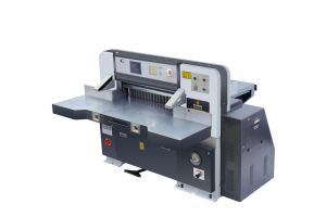 780mm CNCのプログラム制御のペーパーカッター(QZK780D)