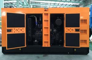 Proveedor de famosos 50Hz 120KW/150kVA Cummins silencioso generador (6CTA8.3-G2) (GDC150*S)