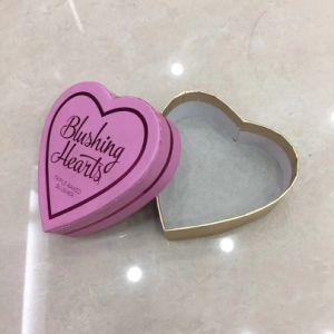 En forma de corazón Blashing papel de hornear las cajas de chocolate de regalo