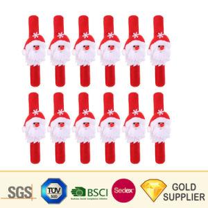 高品質のカスタムロゴは漫画Emojiによって明る着色された明白なスクリーンの印刷によって満たされた浮彫りにされたDebossed PVCゴム製プラスチックシリコーンの定規のスナップのリスト・ストラップを予約した
