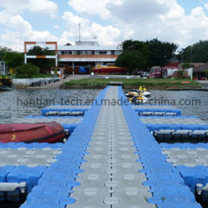 青いHDPEのプールのためのプラスチックモジュラー浮遊物のポンツーン