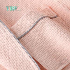 Accappatoio 100% del cotone della tela dell'hotel dell'accappatoio dell'hotel di Yrf