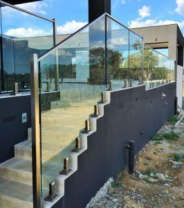 Het Ontwerp van het Traliewerk van het Glas van de Sponnen van het staal voor Zwembad