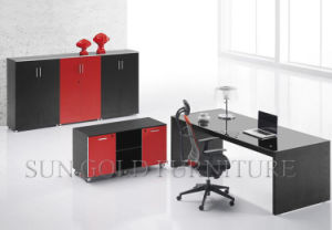 Bureau exécutif moderne rouge et noir de conception contemporaine