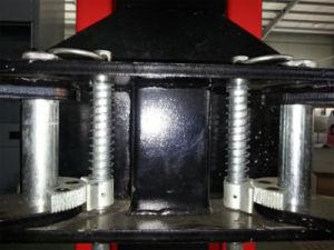 5000kg/5 톤 기본 격판덮개 2 자동차 포스트 차 상승 호이스트 (8225D)