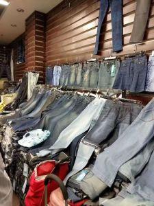 女性のための女性のデニムのジーンズの偶然のズボン