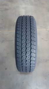 Loda Brand Best Price 195/65r15 Headway Winter Car Tire