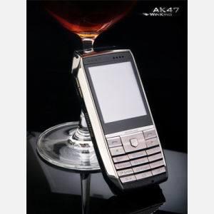 Telefone celular com rádio FM (AK47)